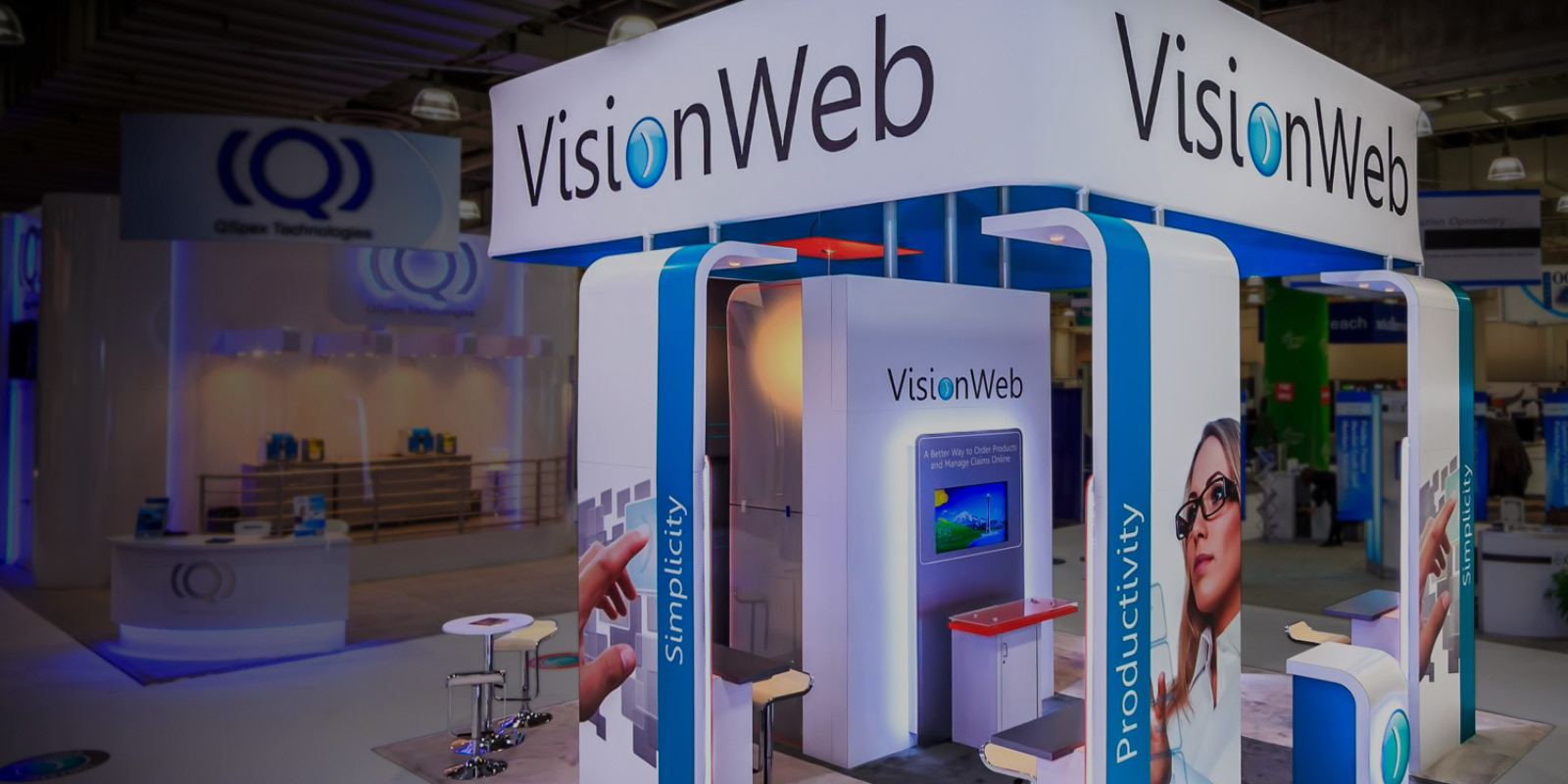 Custom Exhibit Branded Environment Design for VisionWeb